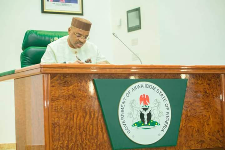 COVID-19 PANDEMIC: AKWA IBOM STATE GOVERNMENT SLASHES SALARIES OF POLITICAL APPOINTEES BY 20%.